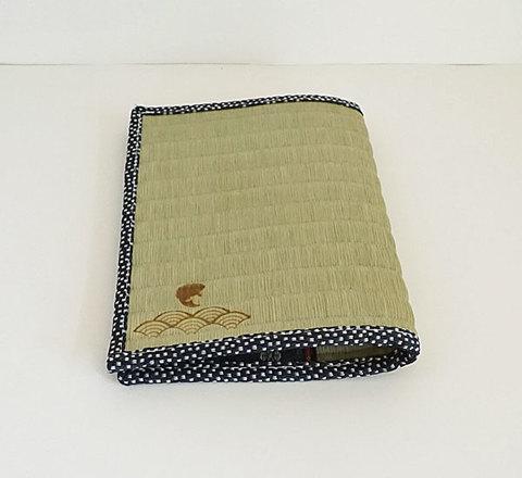 四方縁 畳ブックカバー鯛と青海波~鮫小紋縁 紺~文庫サイズ