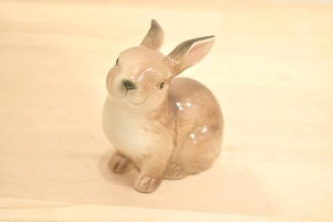 陶器製 うさぎのオブジェ