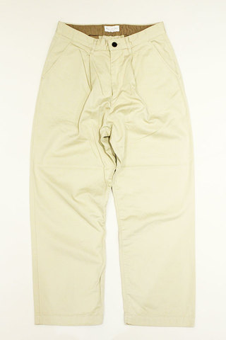 MANUAL ALPHABET (マニュアル アルファベット) SUPIMA COTTON CHINO CLOTH TUCK PANTS
