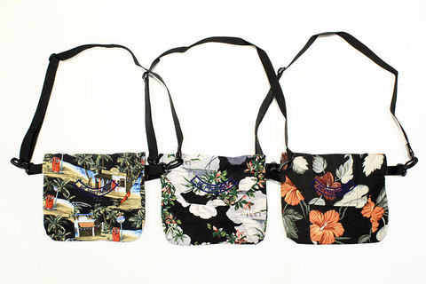 "HURRAY HURRAY (フレイ フレイ) "" HAWAIIAN POUCH BAG """