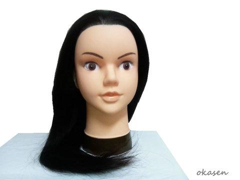 黒髪モデルウィッグロングタイプ