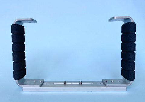 MPBK-02 マイクロ一眼用ハウジング専用グリップ(ストロボ2灯用)