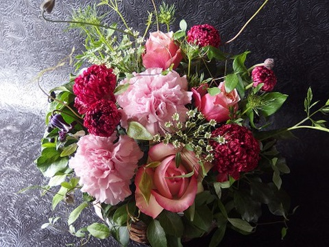 Mother's Day Arrangement L sizu