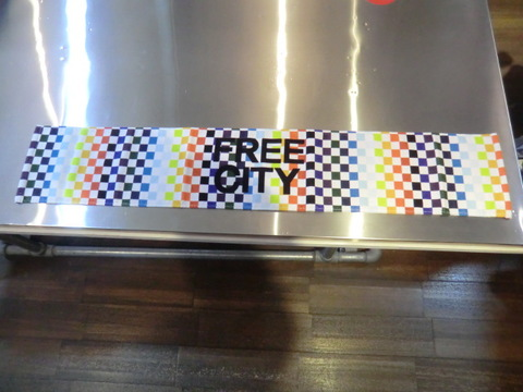 FCJTWL03 FREECITY RAINBOW CHECKER MUFFLER TOWEL