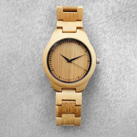 河野太郎愛用モデルの竹製腕時計「The Hickory」