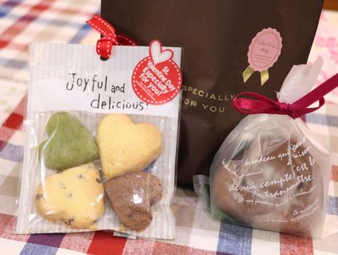 ハート型ショコラとクッキーのセット