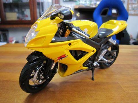 スズキGSX-R600 1/12 新品