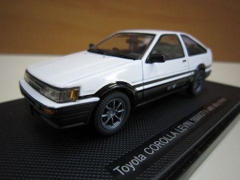 Toyota COROLLA LEVIN 1600GTV 白/黒  1/43 新品