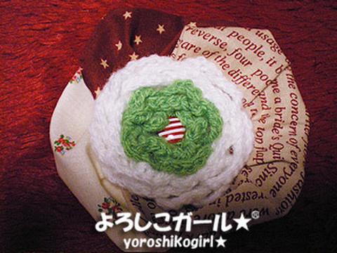 よろしこの花飾り009 グリーン&ホワイト、布(ヘアピンバッジ大)