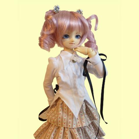 MSD女の子用シャツカラー燕尾編み上げブラウスの型紙