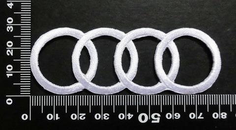 アウディ Audi ワッペン (白)