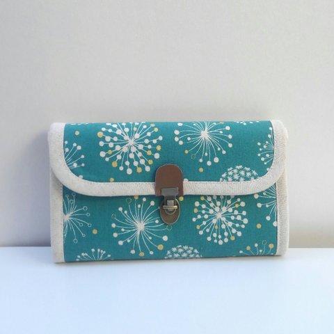 春財布・タンポポ柄ターコイズブルーの長財布