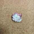 レース編みの小花ブローチ05
