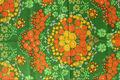 スウェーデンで見つけたグリーン×オレンジと黄色のお花柄のレトロファブリック(130×120cm)