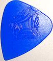 12枚を1セットで1000円!SCALE CHIP ティアドロップ R015-3 taper shape (ジュラコン・青)