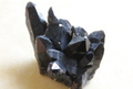 超激レア!高品質チベット産モリオン原石クラスター【高品質・光沢・超激レア】