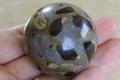 【50%オフ!】ソウルメイトの石!ロシア産スタウロライト丸玉(十字石)【高品質・光沢・超激レア】