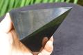 浄化・電磁波対策用!シュンガイト・ハイピラミッド100mm【高品質・光沢・激レア】