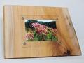 木製フォトフレーム KG版はがきサイズ壁掛け対応 No.8 欅の木製写真立て