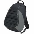 Vespa シート型バックパック(ブラック/カーキ)