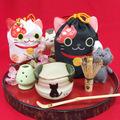 猫のいっぷくセット【猫の抹茶碗・肉球ミニ茶筅&ミニ茶筅休め&肉球茶杓&招き猫巾着】