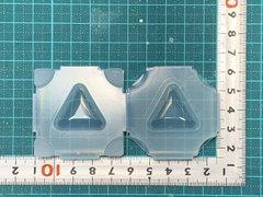 30「ぷっくり三角」レジン用モールド
