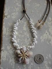Ryukyu Gold RingerTOP White Mongo Necklace