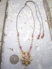 Euplica & Assiminea Shell Flower Top kahelelani & Zakuro Necklace