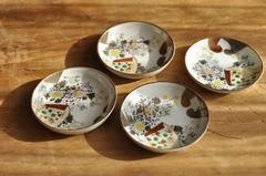 【1885】九谷 お花の可愛らしい小皿・豆皿
