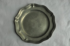 【1510】Pewter plate ピューター 花リムプレート 22cm