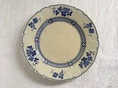 ルネビル青いお皿