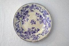 紫サルグミンヌアンティークデザートプレート