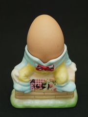 【在庫処分セール品】ハンプティー・ダンプティーのエッグスタンド