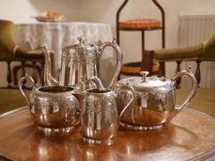 コーヒー&ティーポットセット ウォーカー&ホール ヴィクトリア時代