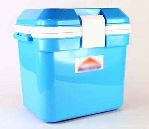 保温ボックス(樹脂製)7リットル
