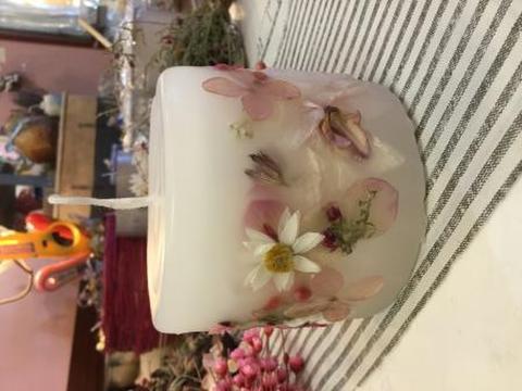 Sold out  ピンク色花 ハンドメイド ボタニカルキャンドル