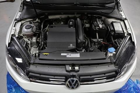 Volkswagen Golf Mk7 1.2 /1.4 TSI アルミ エアインテーク