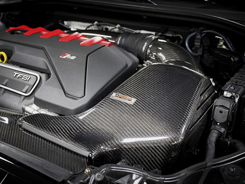 Audi RS3 8V 400PS エアインテーク
