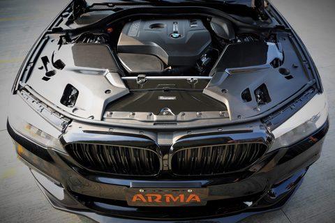 BMW G3X 530i インテークシステム