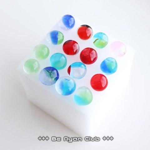 ★セール品01★ガラスピアス ランダム1ペア(保護猫支援用)