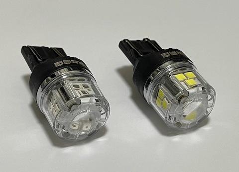 T20・7443(ダブル)W21/5W/ウルトラ 3030 LED(15pcs) 900LM/2個セット(白・赤)12V車用