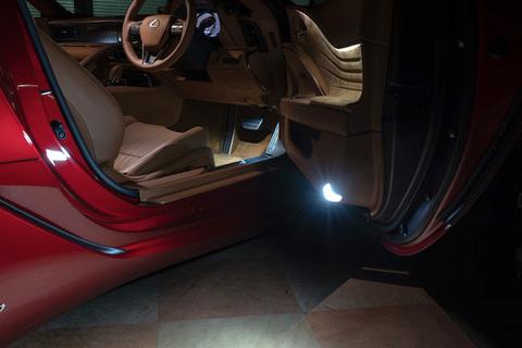 LEXUS LC500h・LC500/純正交換用 LED(SMD2835)ドアカーテシランプ/GWZ100・URZ100