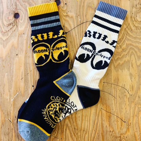 MOONEYES×BULLORIGINAL SOCKS