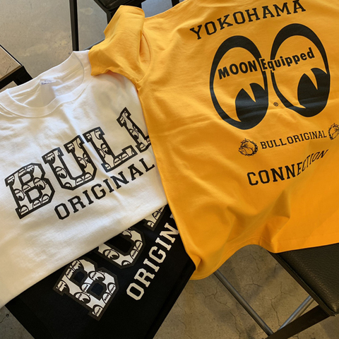 MOONEYES×BULLORIGINAL Tsh