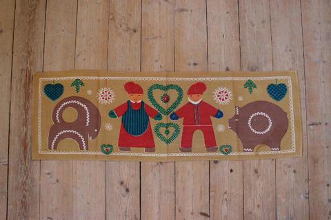 サンタとジンジャーブレッドのプリントクロス(ベージュ)