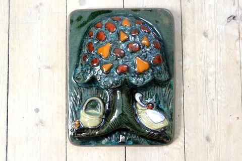 Jie Gantofta(ジィ・ガントフタ)梨とリンゴの木の陶板(M)