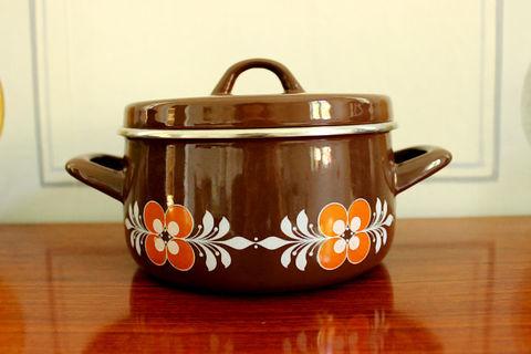 お花柄のホーロー両手鍋(Brown)