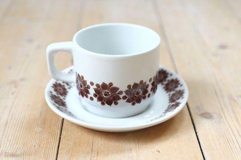 Figgjo(フィッギオ)/ブラウンのお花のコーヒーカップ