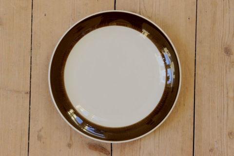 Rorstrand(ロールストランド)/KOKA(コカ)デザートプレート17cm(ブラウン)