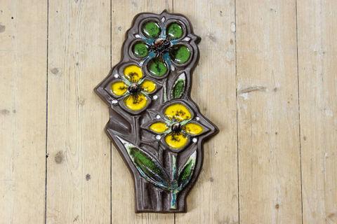Tilgmans(ティルグマン)黄色と緑のお花の陶板